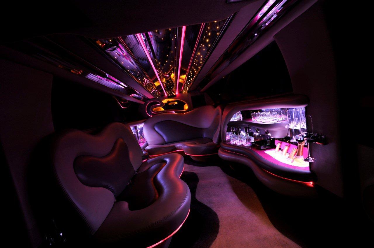 PiNK-Mirage Interior 2