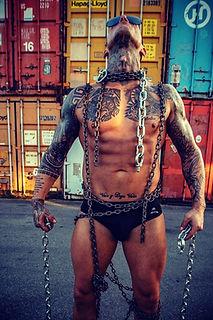 Stripper Francis buchen (3).jpg