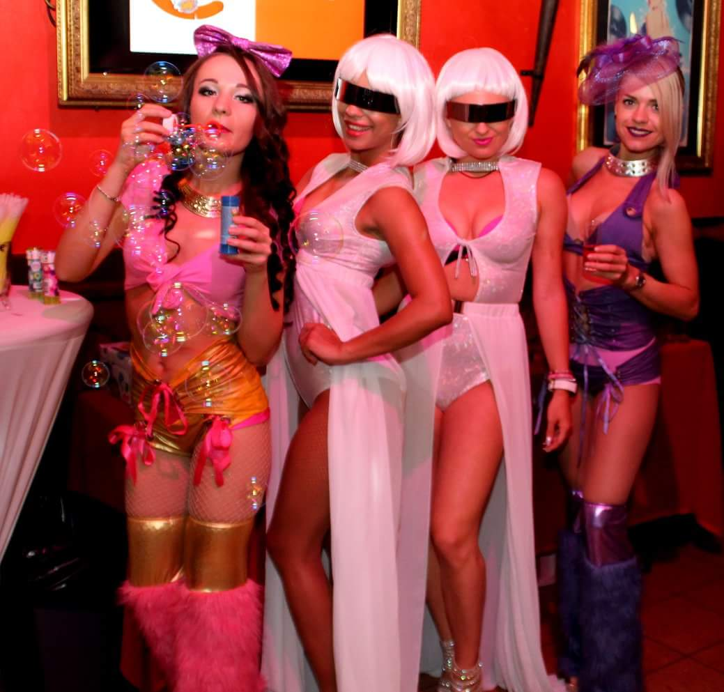 Gogos Royal Diamond Stripdancers (9)