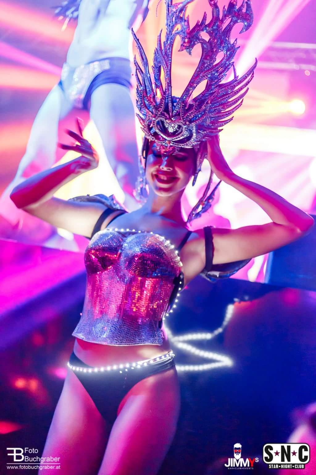 Gogos Royal Diamond Stripdancers (8)