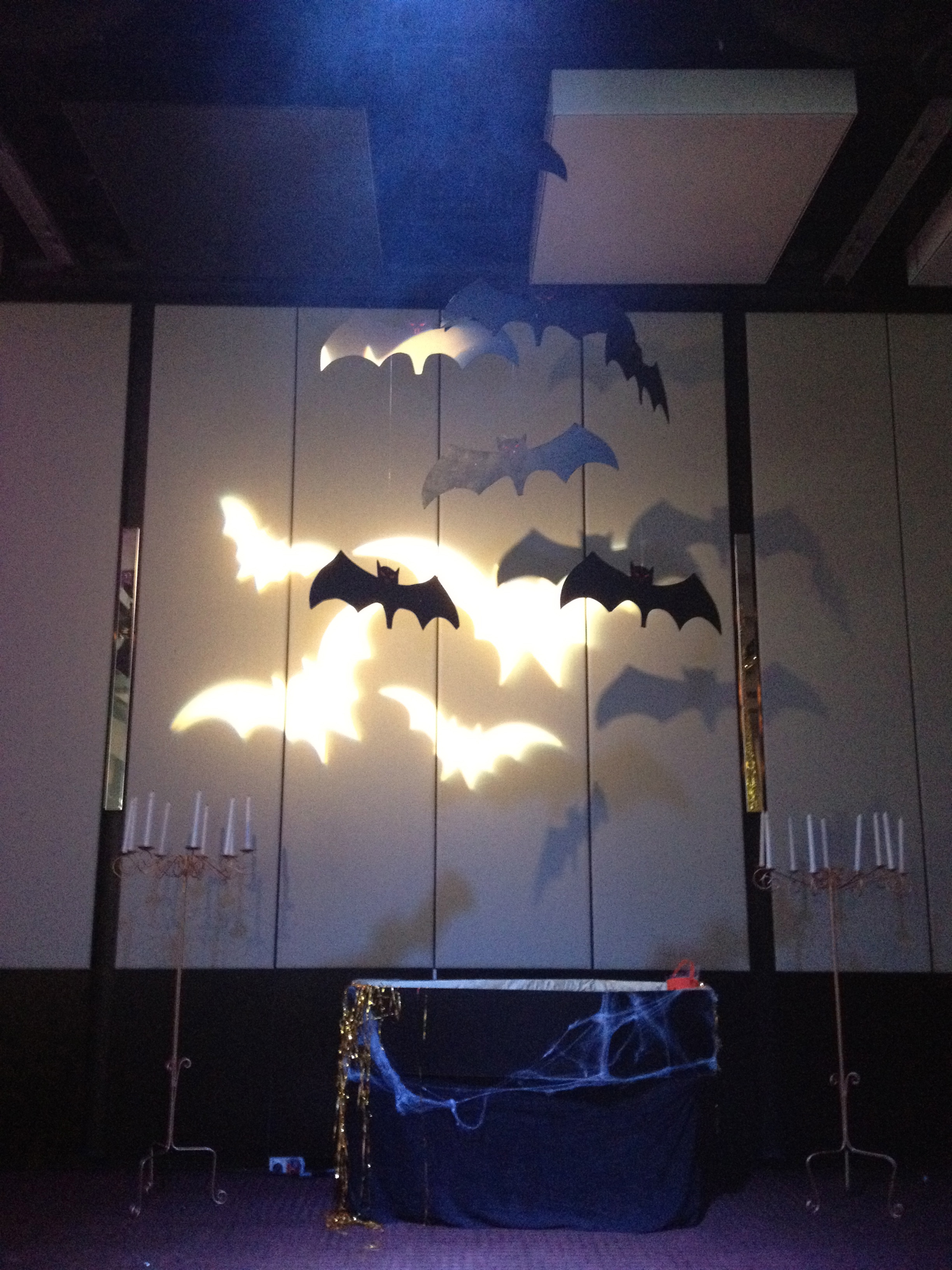 bats halloween Event room sets