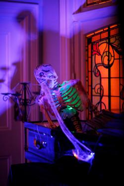 skeleton prop halloween