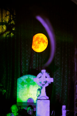 halloween room set up event