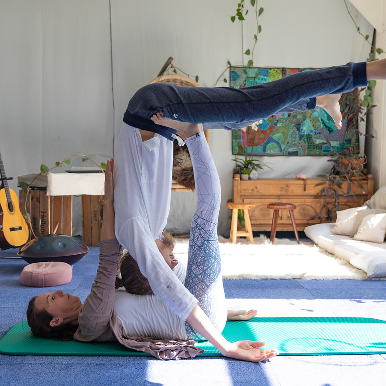 Acroyoga Therapeutic flying 1-1 Sessions