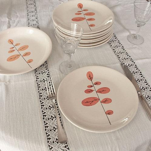 Assiettes plates et plat de service faïencerie de Niderviller