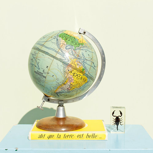 Globe terrestre années 50