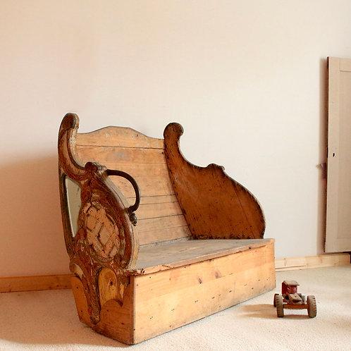 Ancien banc de traineau