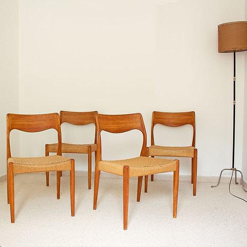 Série de 4 chaises années 50
