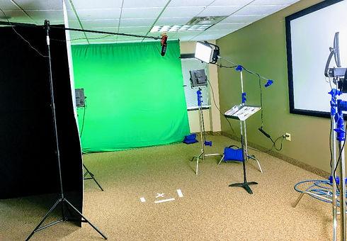 Green Screen 1.jpg