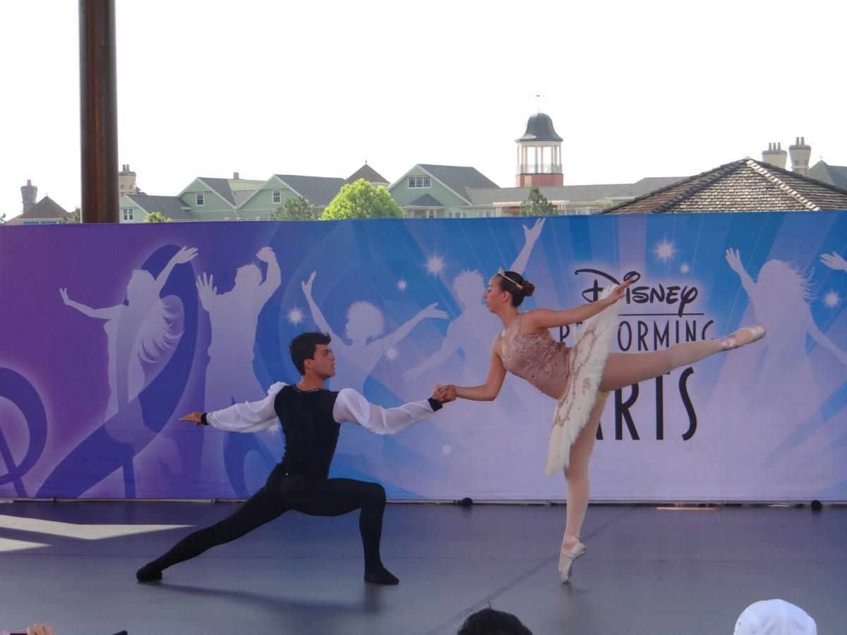 Âmbar de Macaé  Dançar na Disney