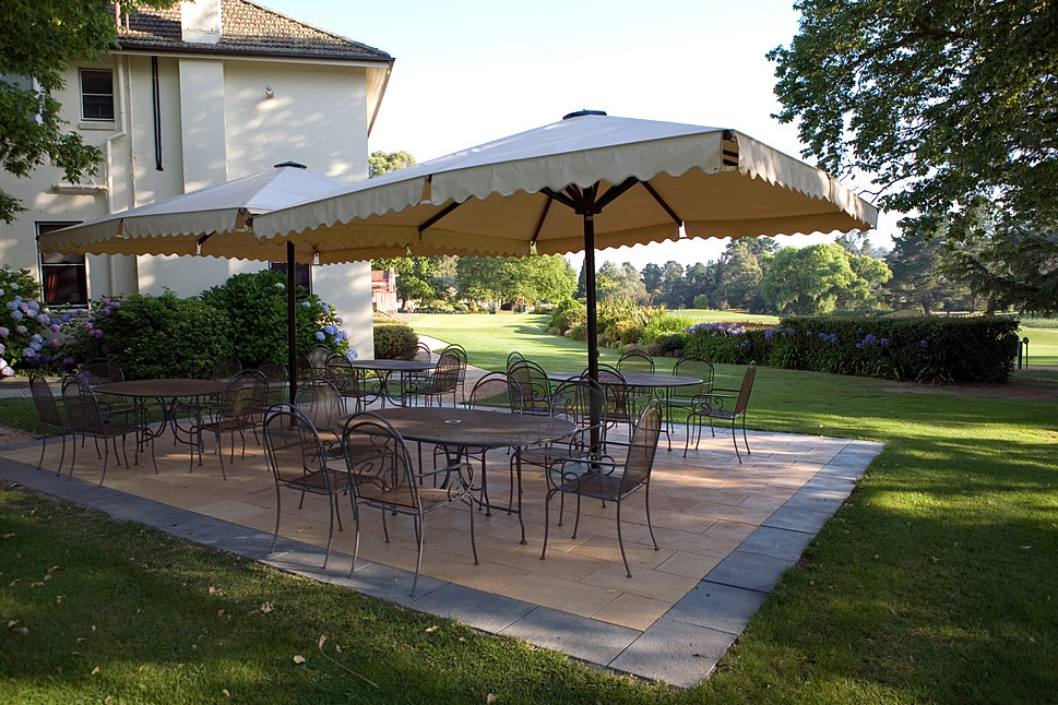 moss vale golf club restaurant. Black Bedroom Furniture Sets. Home Design Ideas