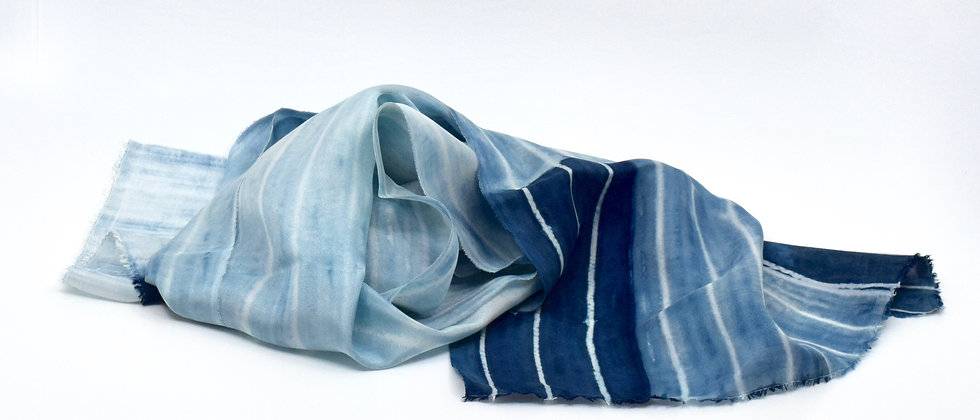 Foulard en  Soie - Indigo- teinture artisanale