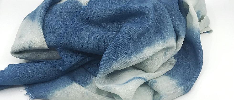 Etole Indigo - étamine de laine et soie - teinture artisanale