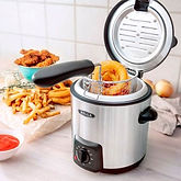 Bella Stainless Steel 0.9L Deep Fryer $14.99 << $29.99
