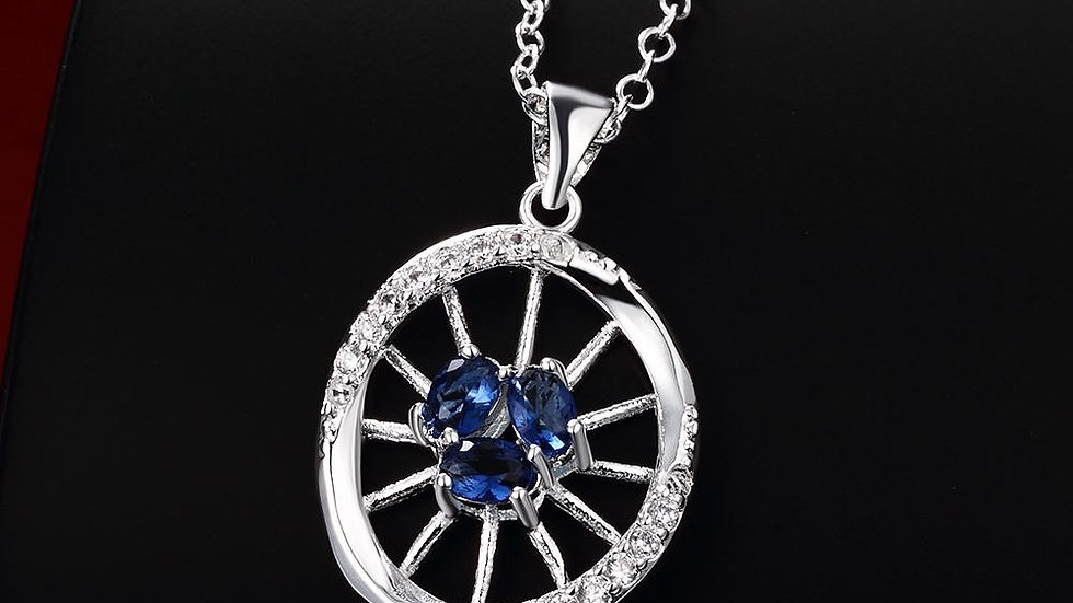 Argenteuil Necklace in 18K White Gold Plated made with Swarovski
