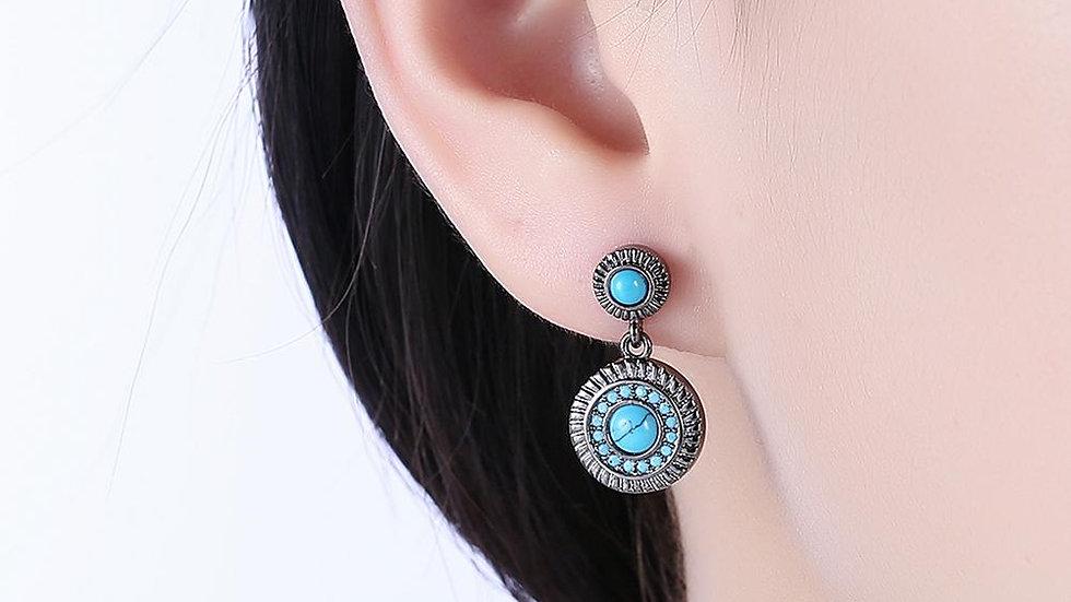 Stud Earring in 18K White Gold PlatedTurquoise Stone
