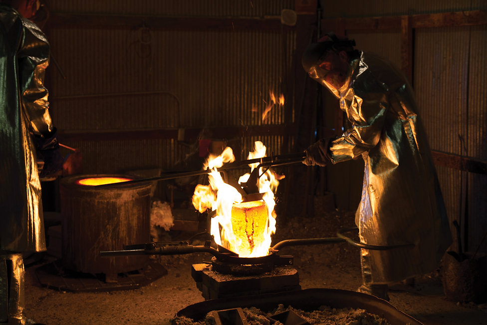 Foundry process for bronze pouring