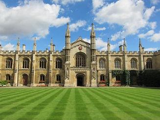 ケンブリッジ大学.jpg