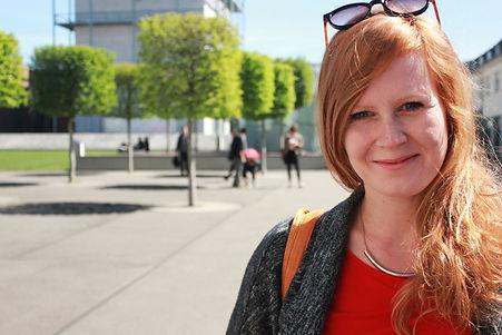 Julia Knopp, Regie