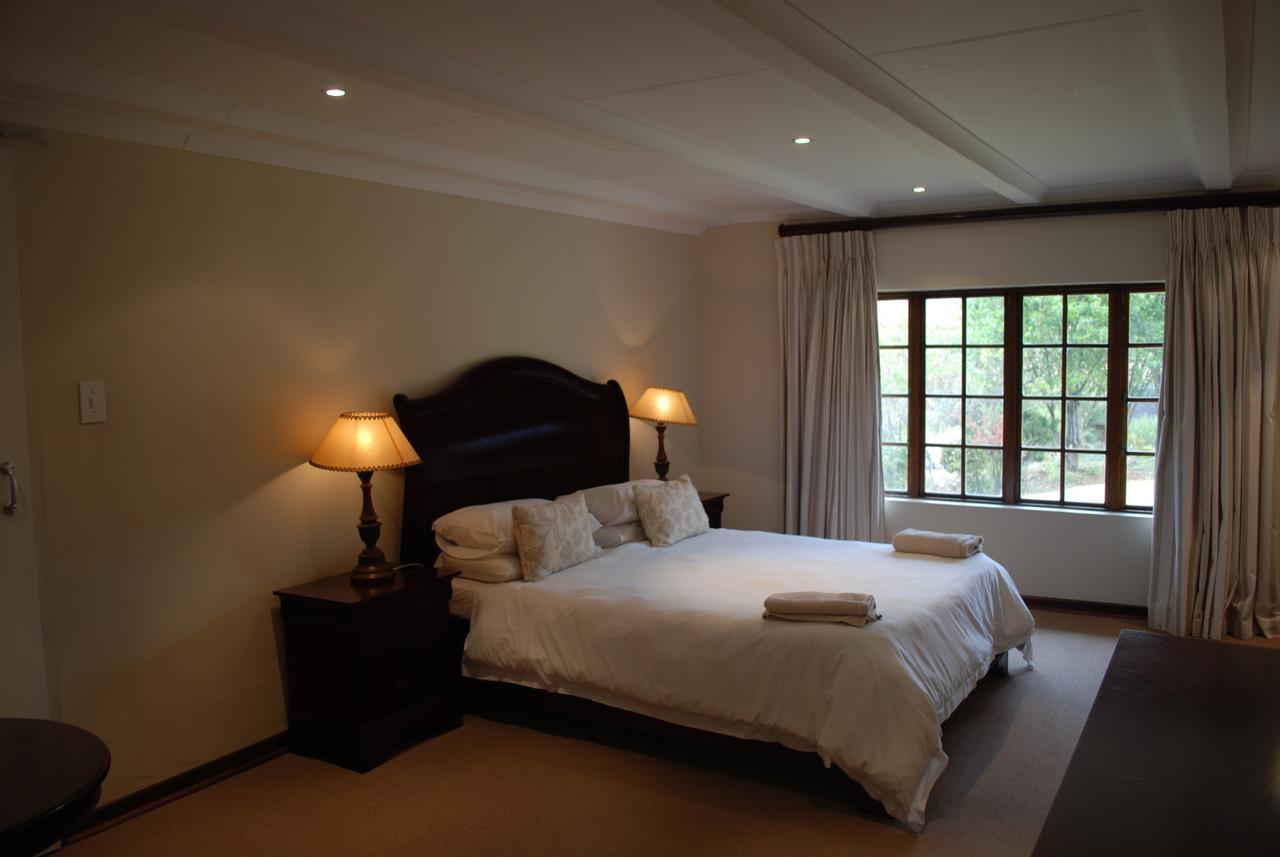 19 bed 1.jpg
