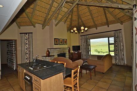 16 lounge kitchen.jpg