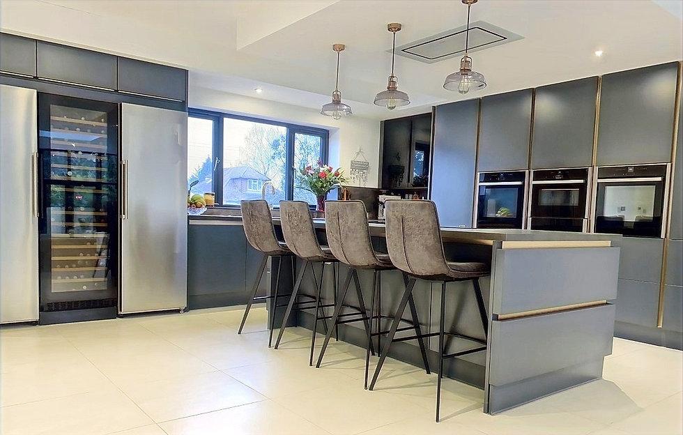 kitchen4_edited_edited.jpg