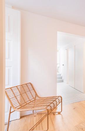 Reabilitação de apartamento em alfama - Poltrona natural para sala