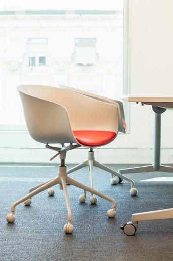 cadeiras da sala de reuniões com rodizios