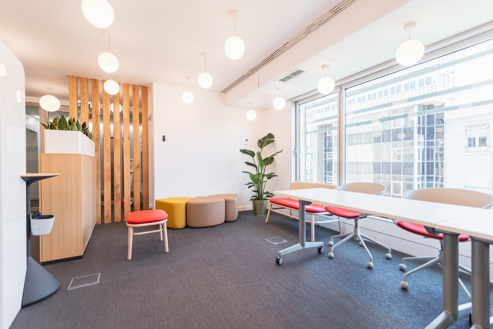 Lounge e sala de reuniões