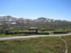 Rondeheim - den Norske Fjellskolen ligger idylisk til på Høvringen ved foten av Rondane Nasjonalpark