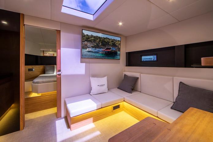 De Antonio Yachts_D46 Cruiser_23.JPG