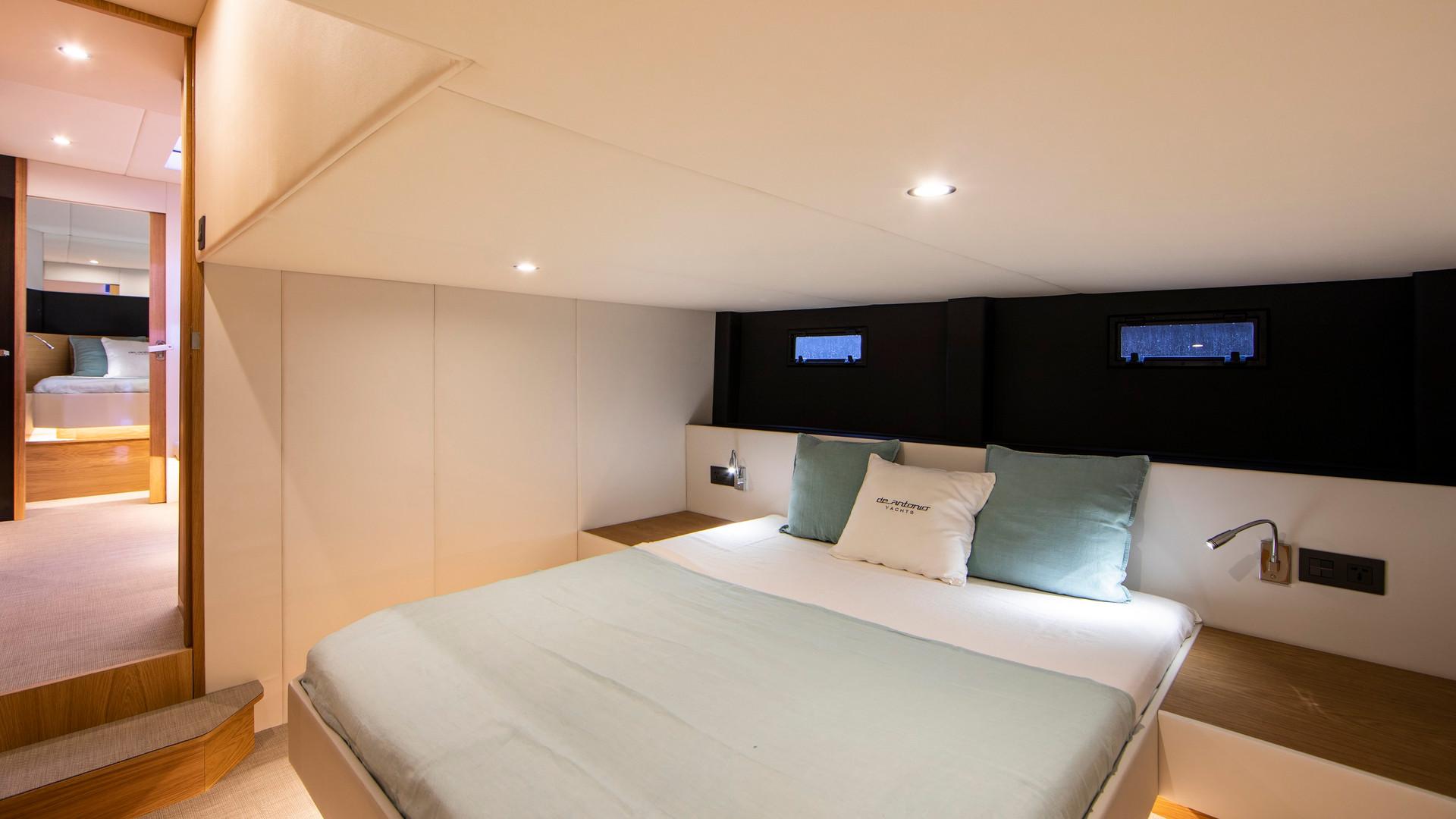 De Antonio Yachts_D46 Cruiser_27.JPG
