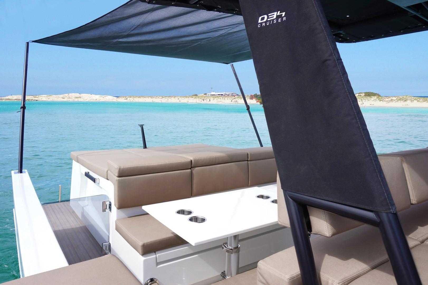 De Antonio Yachts_D34 Cruiser_12.jpg