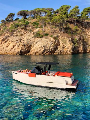 De Antonio Yachts_D28 Open_41.JPG