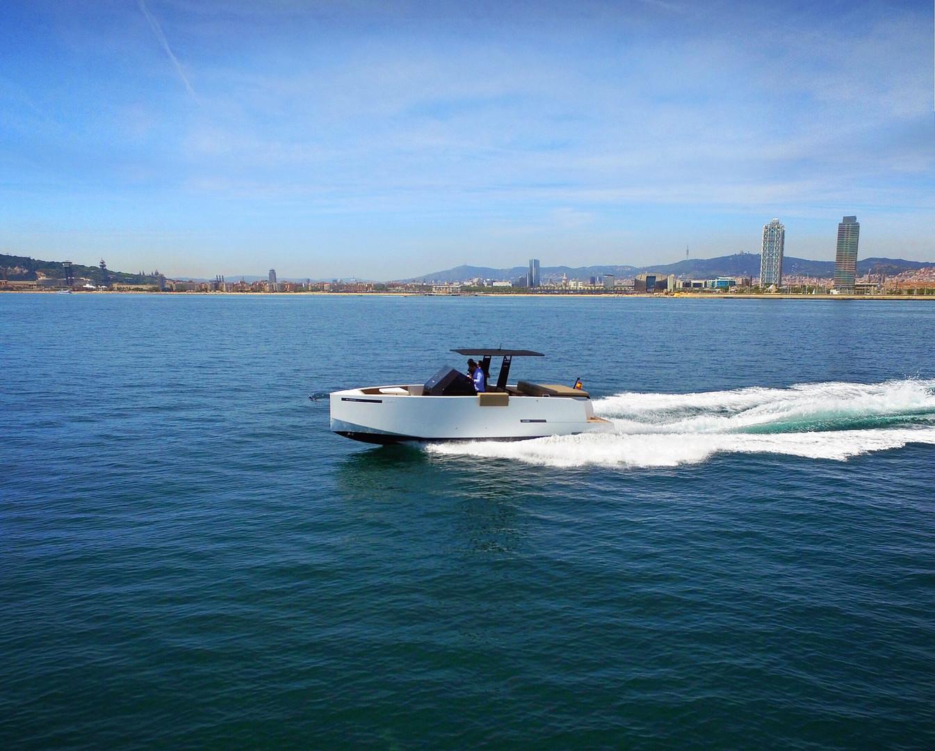 De Antonio Yachts_D28 Open_11.JPG