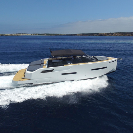 De Antonio Yachts_D46 Open_03.jpg