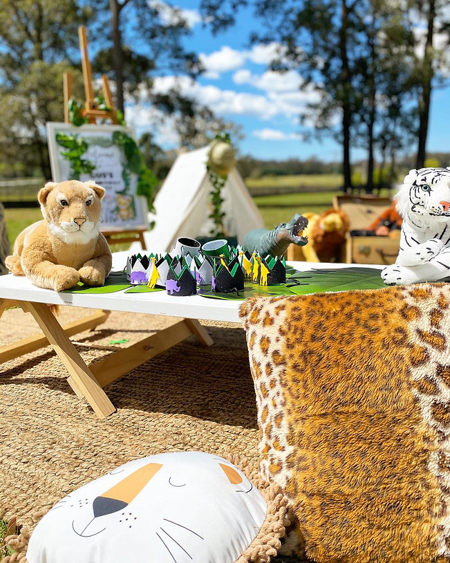 Welcome_to_the_jungle_party_theme_scene