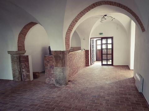 Rekonstrukce zámecké restaurace Chrast