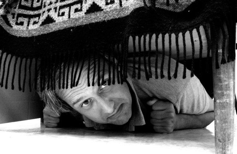 Le mari sous le lit.jpeg