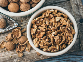 Regularly snacking on walnuts adds 1.3 years to your life, study suggests