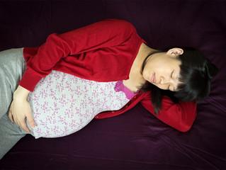 Women advised to sleep on side to help prevent stillbirth