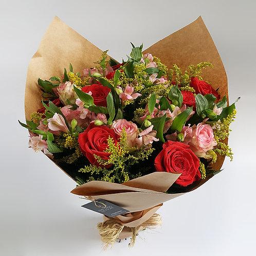 Buquê 18 rosas Colombianas Rosa e Vermelha