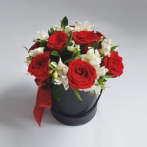 Box Rosas e Alstromelias