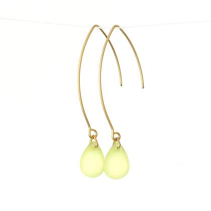 Teardrop wire earrings in Frosted Lemon