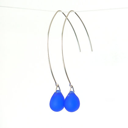 Teardrop wire earrings in Frosted Cobalt Blue