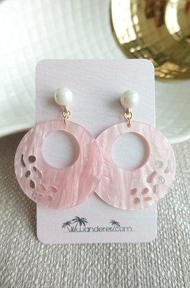 Summery Earrings in Pink Pearl