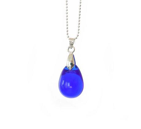 Teardrop pendant necklace in Bluest Blue