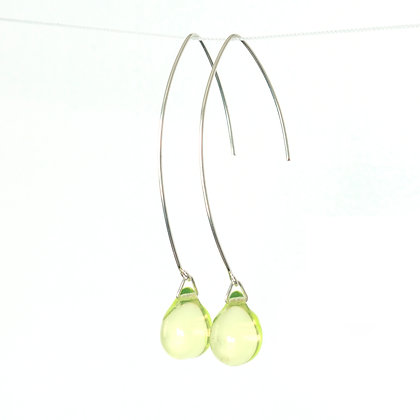 Teardrop wire earrings in Lemon