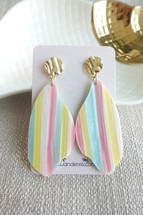 Summery Earrings in Surfboard