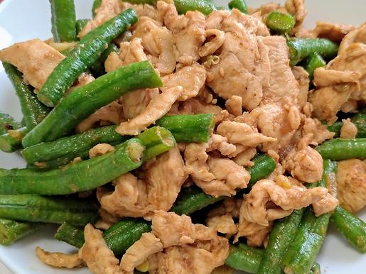 沙茶咖哩雞胸炒長豆